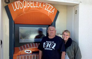 Distributeur Pizza Ludobelix - Ile de re - Article