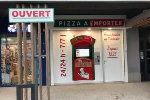 """Quatrième distributeur """"La Petite Italie"""" à Concarneau"""