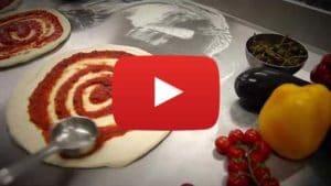 Vidéo d'une préparation d'une pizza Adial