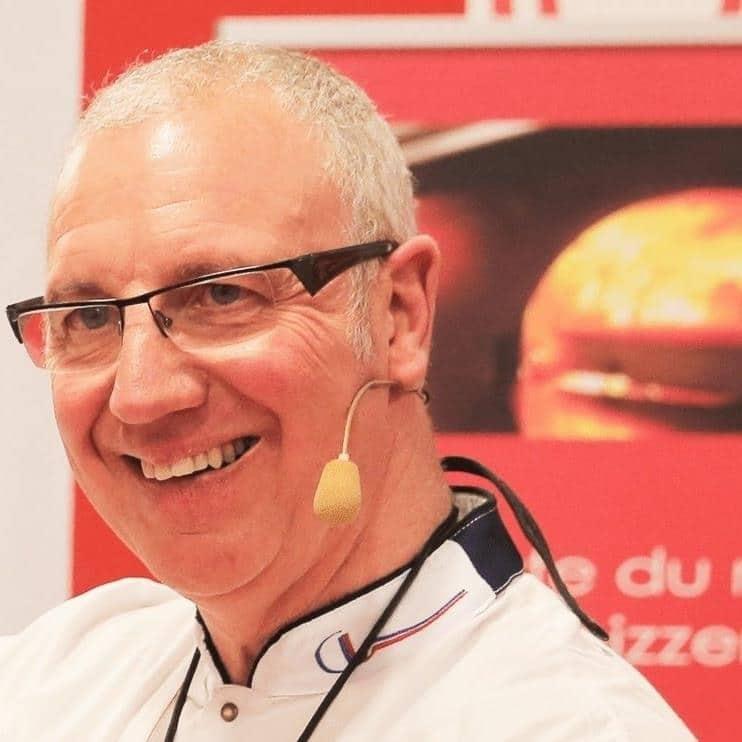 Jean-Jacques Despaux, fondateur de l'école de formation des pizzaïolos et maitre artisan pizzaïolo - Crédit Photo tous droits réservés Jean-Jacques Despaux