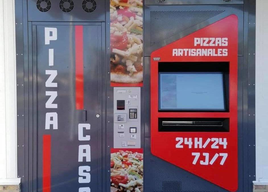 Inauguration du distributeur Pizza Casa à Falaise avec la famille LOUVET