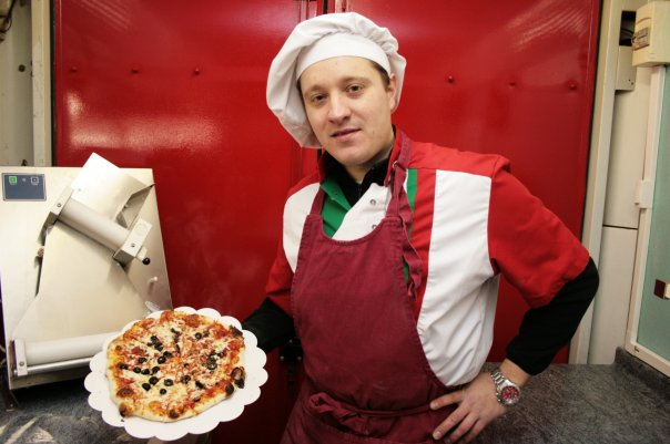 Nouveaux exploitants Pizzadoor à Colmar ! Aurélie et Laurent Bleu, Lorenzo Pizzas